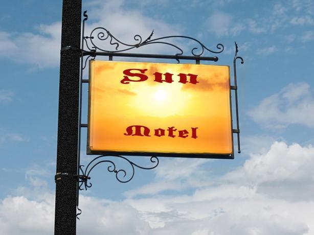 Sun Motel